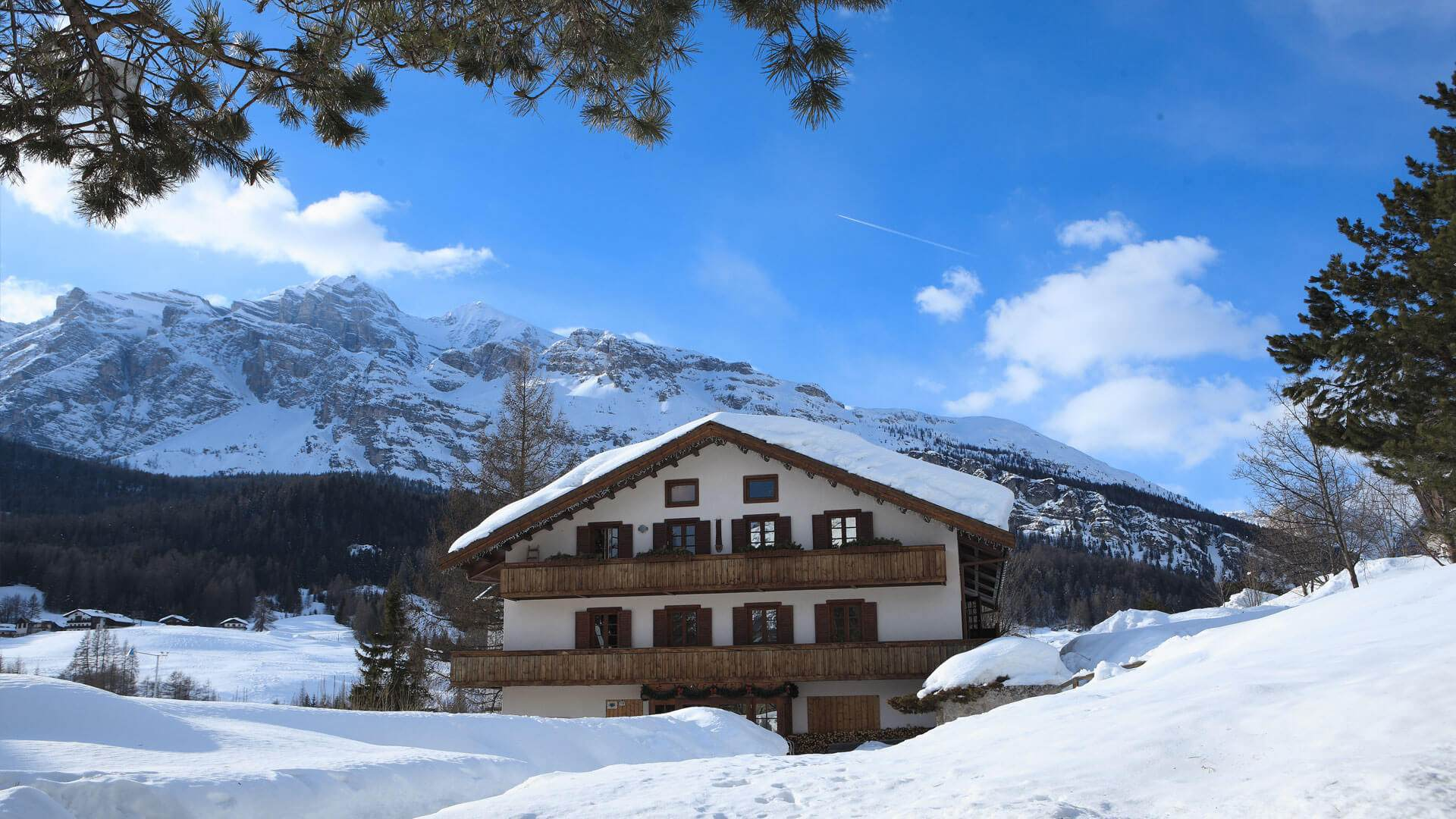 Due Due Cortina Srl.Hotel In Cortina With Wellness Centre Hotel With Restaurant In