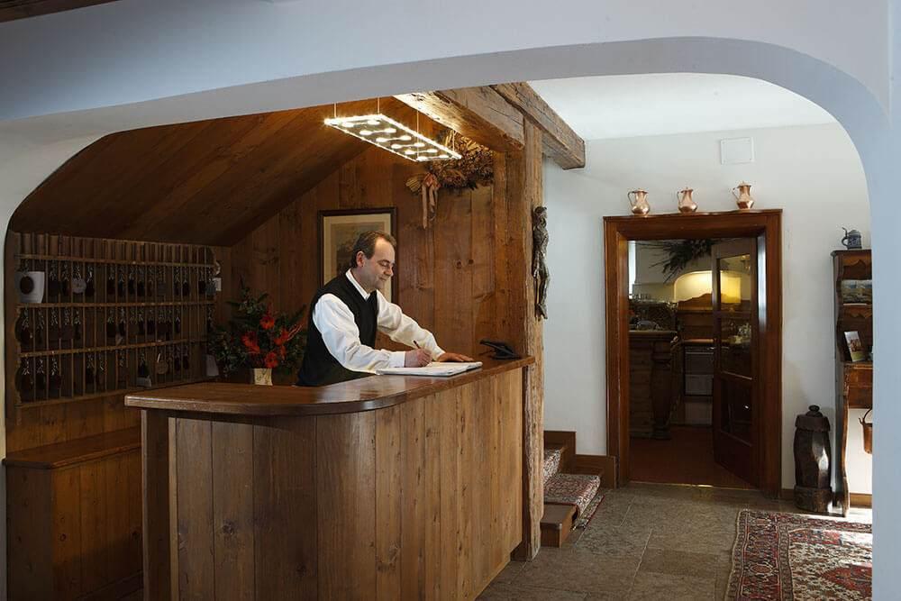 Hotel Menardi Cortina Booking